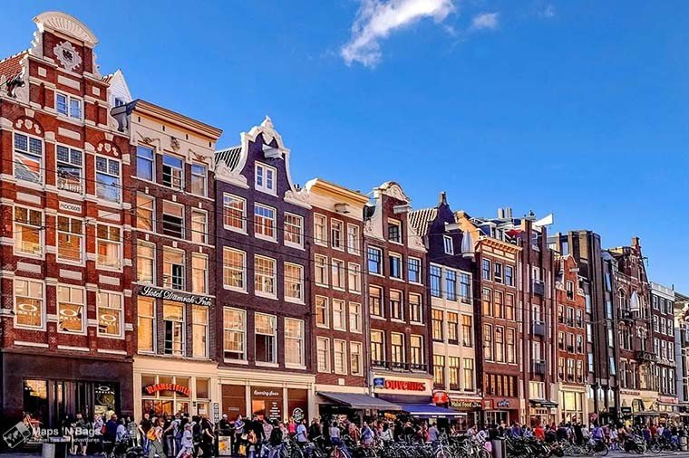 houses-blue-sky-amsterdam-things-to-do