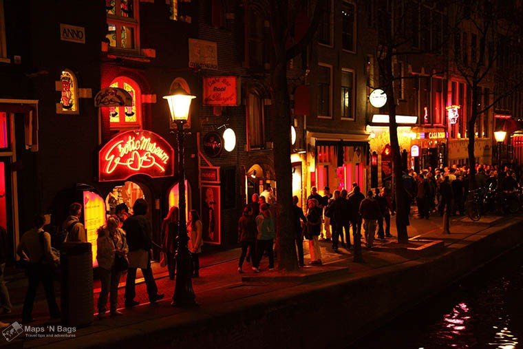 red-light-district-things-shouldnt-do-amsterdam