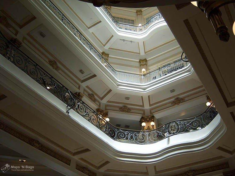 Bank-Brazil-cultural-center-museum-sao-paulo-brazil