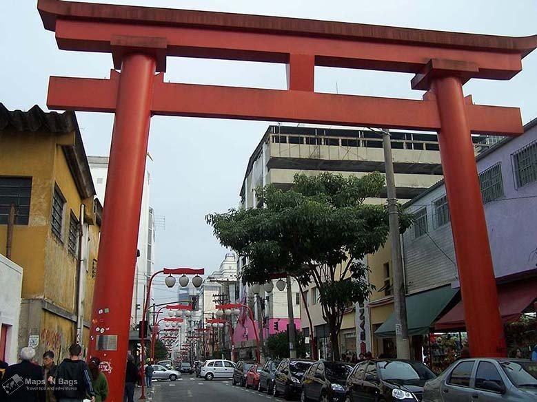Torii-Liberdade-japanese-sao-paulo-things-to-do-Brazil