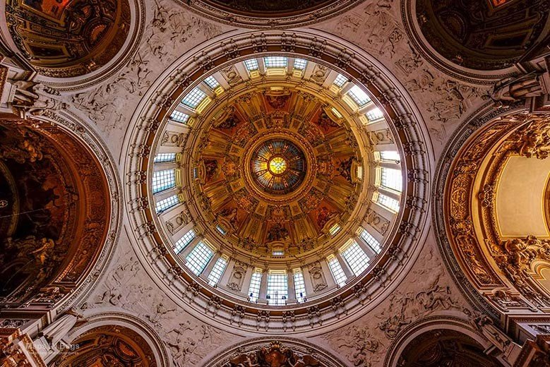 ceiling-berliner-dom-cathedral-things-to-do-in-berlin