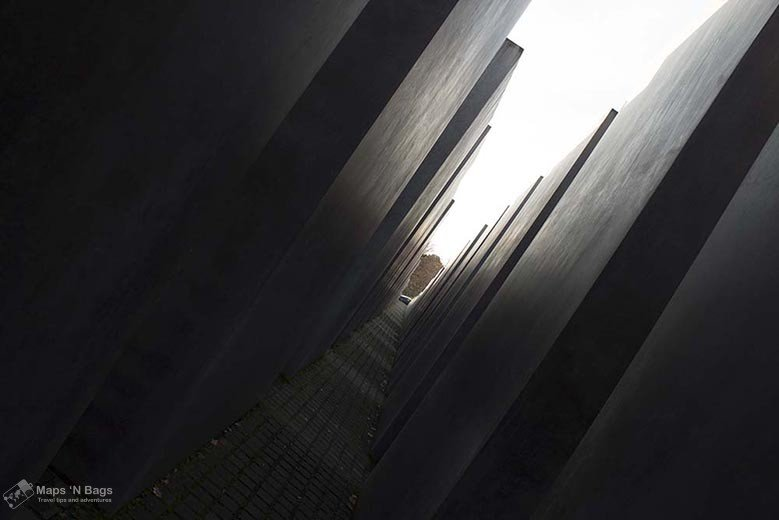 dark-hall-holocaust-memorial-the-berlin-of-the-second-world-war