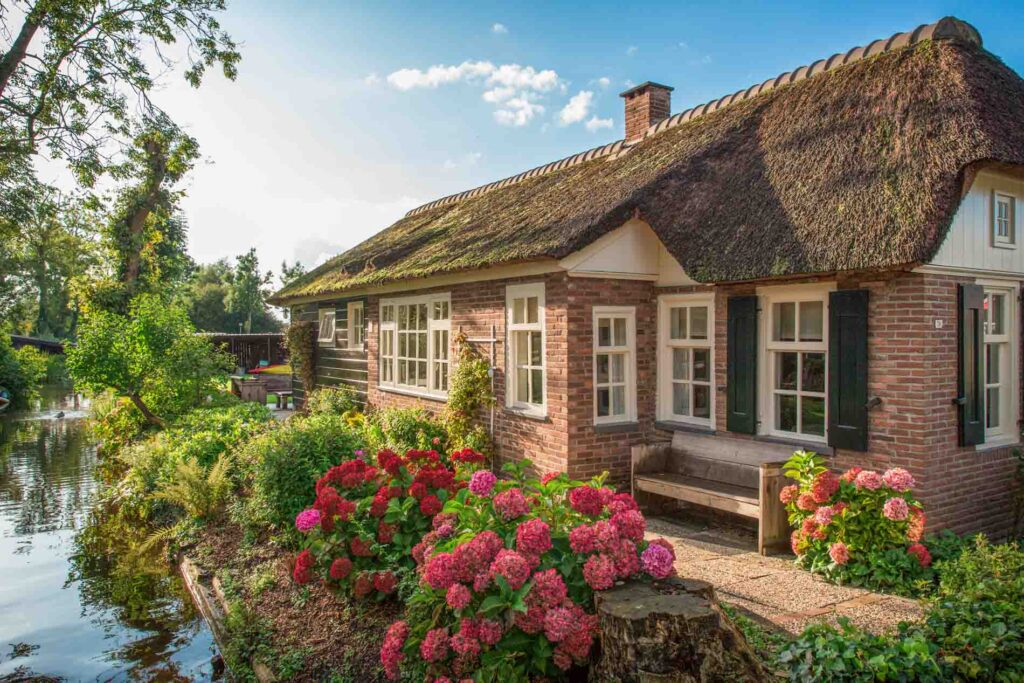 Farmhouse in Giethoorn, the Netherlands, the Venice of the North