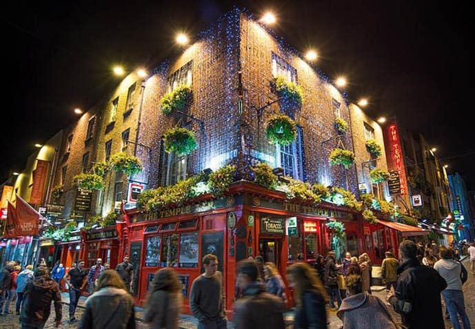 Best areas to stay in Dublin - Temple Bar