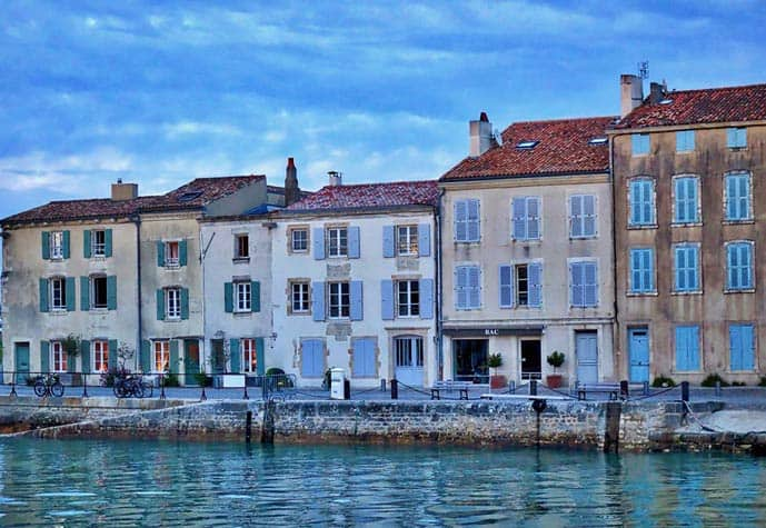 Ile de Re France, houses by the water's edge