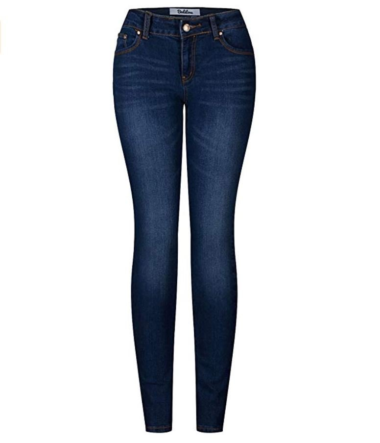 Blue skinny jeans for winter outfit.