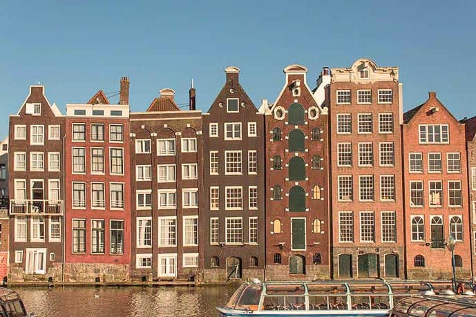Narrow houses are the best photos of Amsterdam