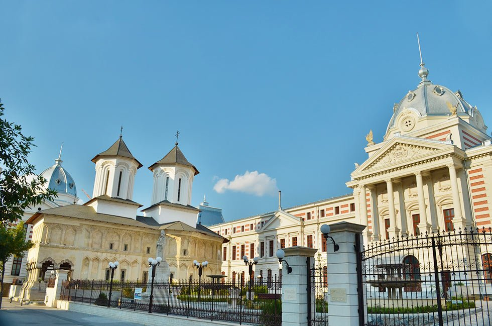Neoclassical hospital in Bucharest, the little Paris