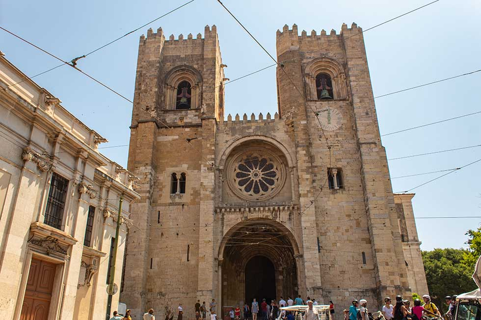 Lisbon Cathedral, Se, in Lisbon #Portugal #travel #Europe