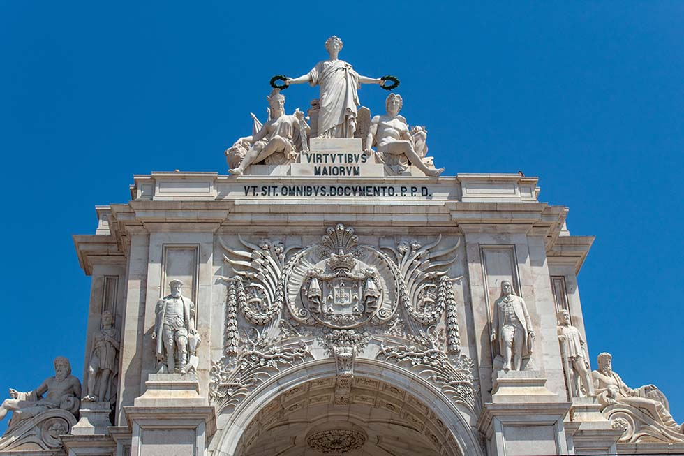 Rua Augusta Arch in Lisbon #Portugal #travel #Europe