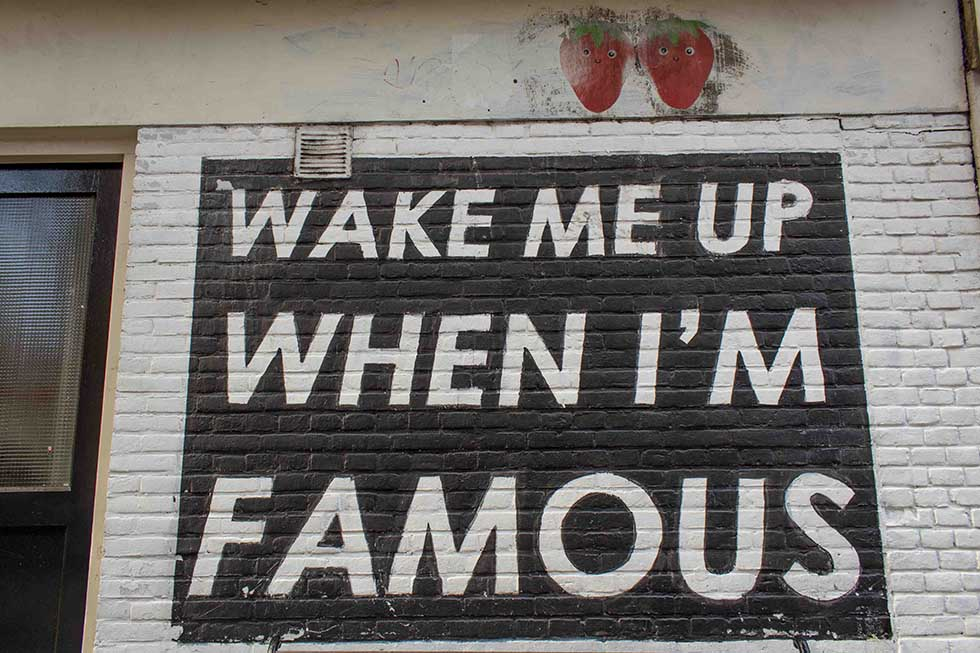 Pop place for pictures in Amsterdam - Wake me up when I'm famous wall art
