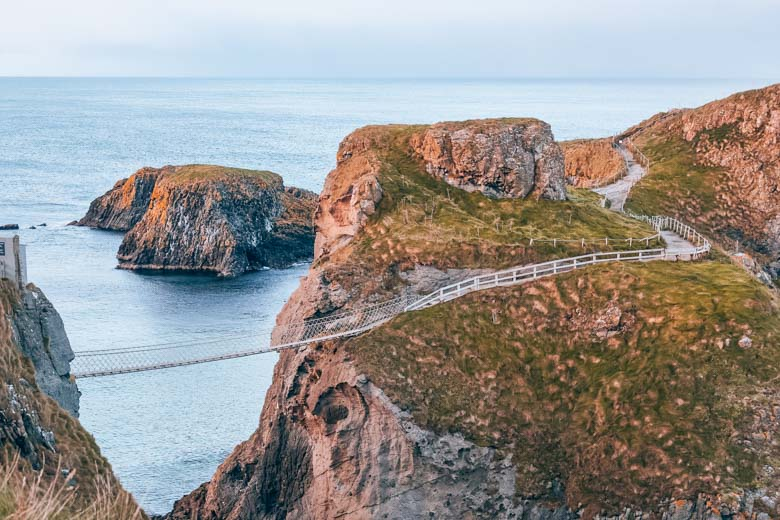 Carrick-a-rede Rope Bridge in Northern Ireland is a Game of Thrones set and an excellent day tour from Dublin!