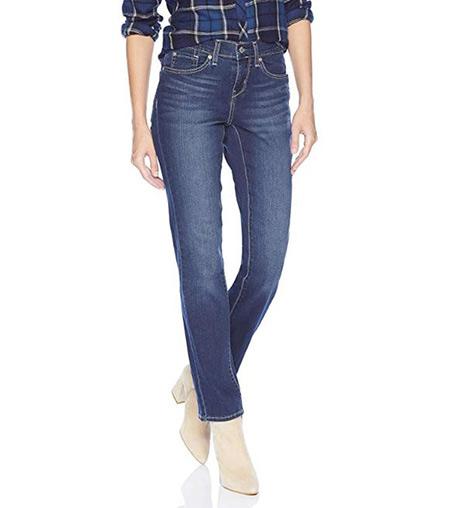 Blue jeans that women wear in Ireland