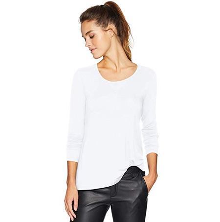 White shirt that women wear in Ireland