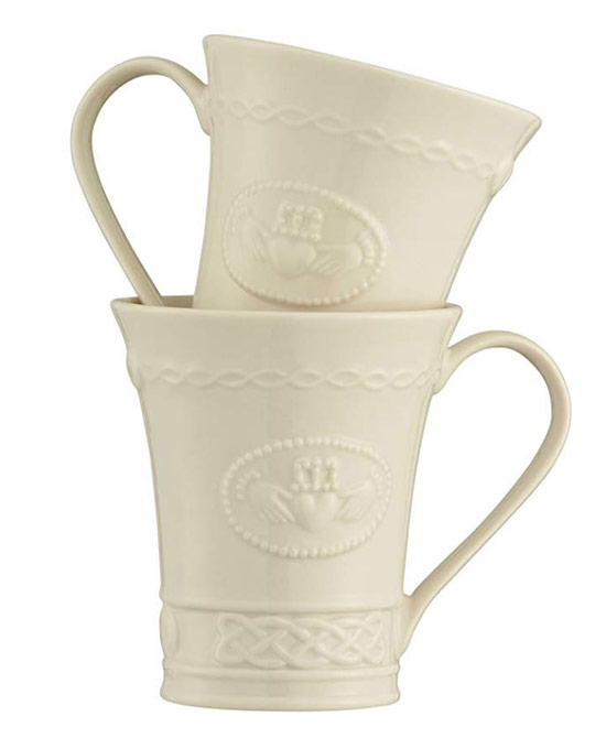 Off-white mugs with Celtic Claddagh pattern