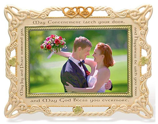 Picture of a bride and groom in an Irish photo frame