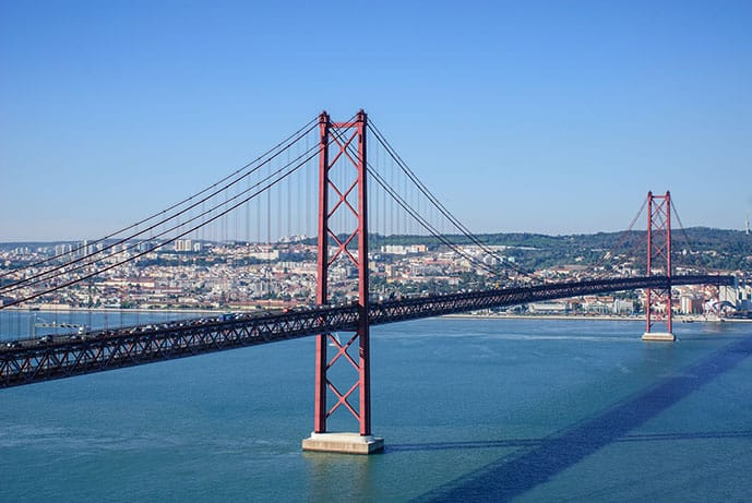 Quiz 25th April Bridge in Lisbon