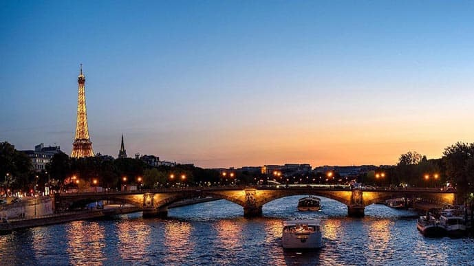 4 days in Paris, cruise the Seine River
