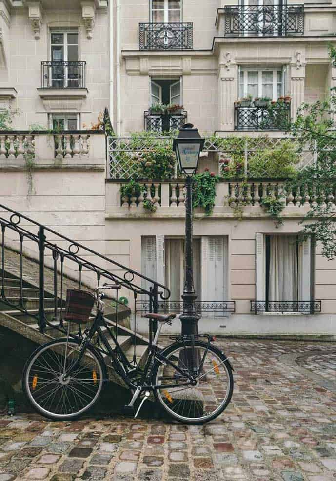 Include a self-guided tour in Montmartre in your Paris itinerary