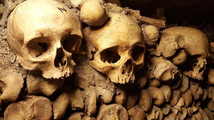 Four days in Paris, visit the Catacombs