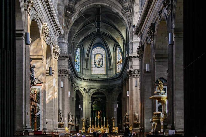 Four days in Paris, visit the Saint-Sulpice church