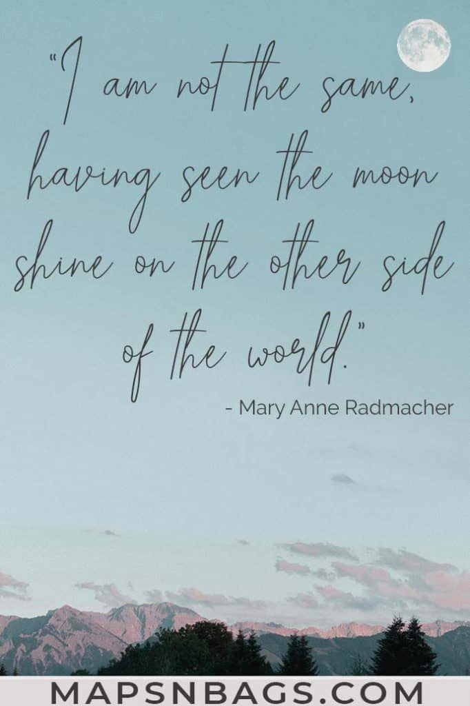Image with a quote about traveling the world written on it