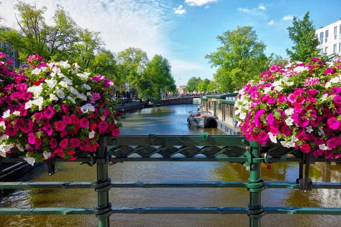 Strolling along the canals is one of the most romantic things to do in Amsterdam