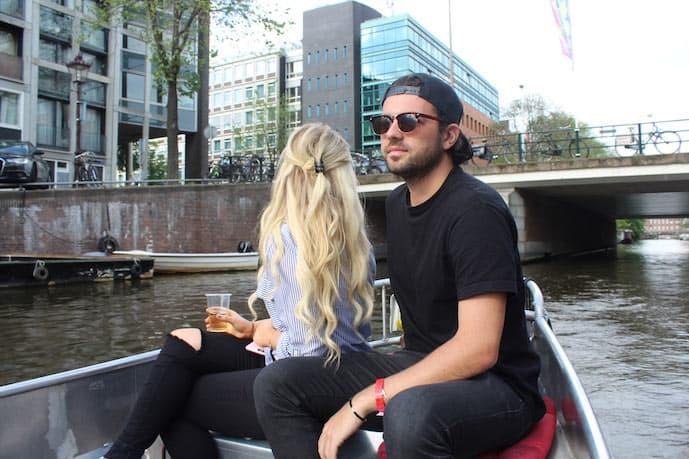 Romantic boat tour in Amsterdam