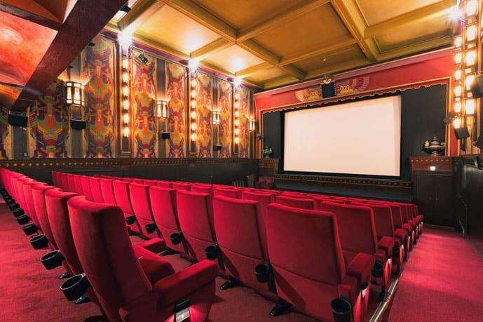 Catch a movie in a romantic evening in Amsterdam