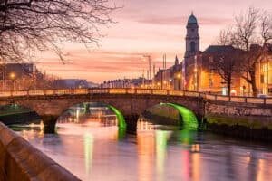 Grattan Bridge in Dublin, near North City, one of the best districts to stay in Dublin