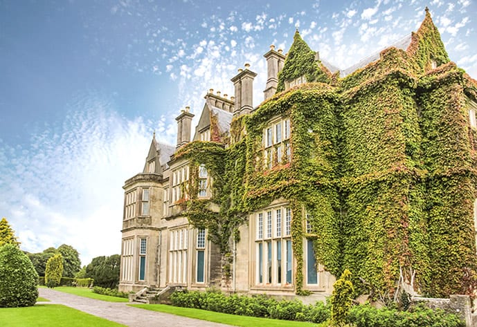 Where to stay in Killarney near the Muckross Manor