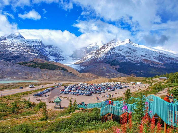 Columbia Icefield is a geat road trip in Canada