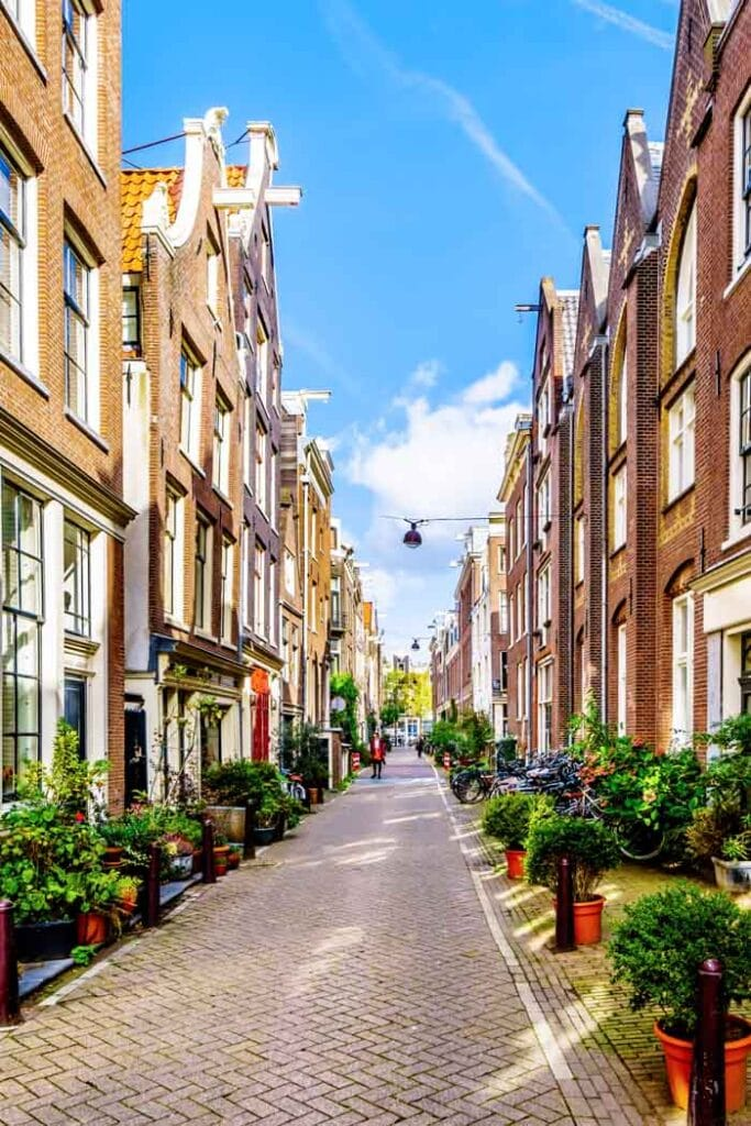 Lindenstraat is a charming street in Amsterdam