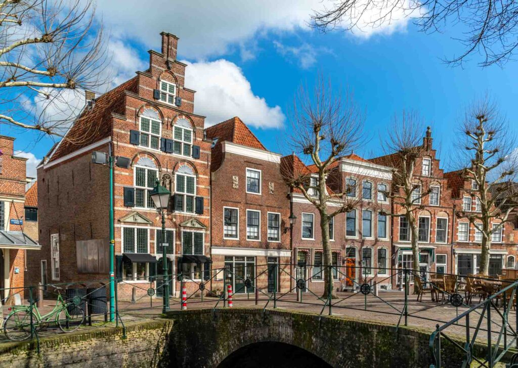 Oudewater is one of the beautiful  Dutch towns to visit