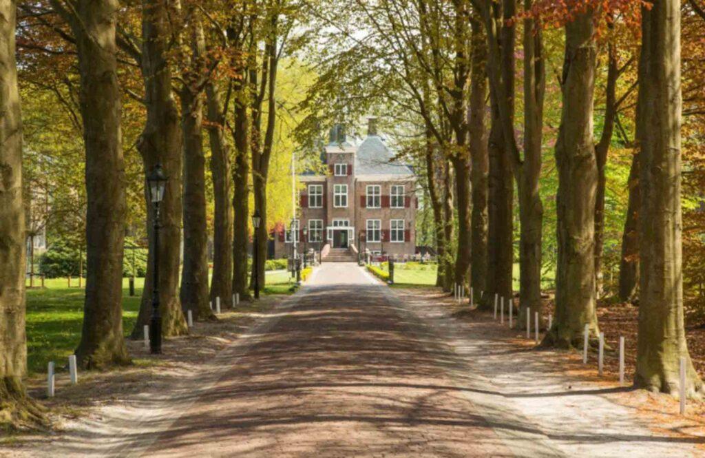 Hotel Kasteel de Essenburg is one of the beautiful castle hotels in the Netherlands