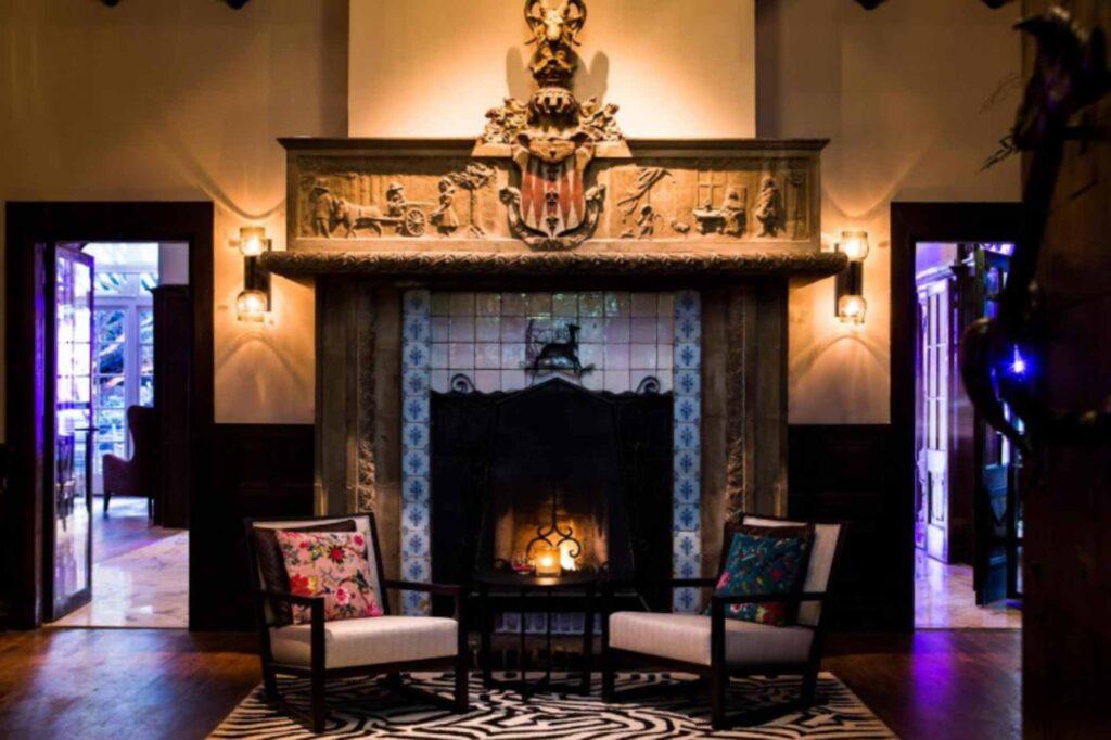 Kasteel Kerckebosch is one of the cozy castle hotels in the Netherlands