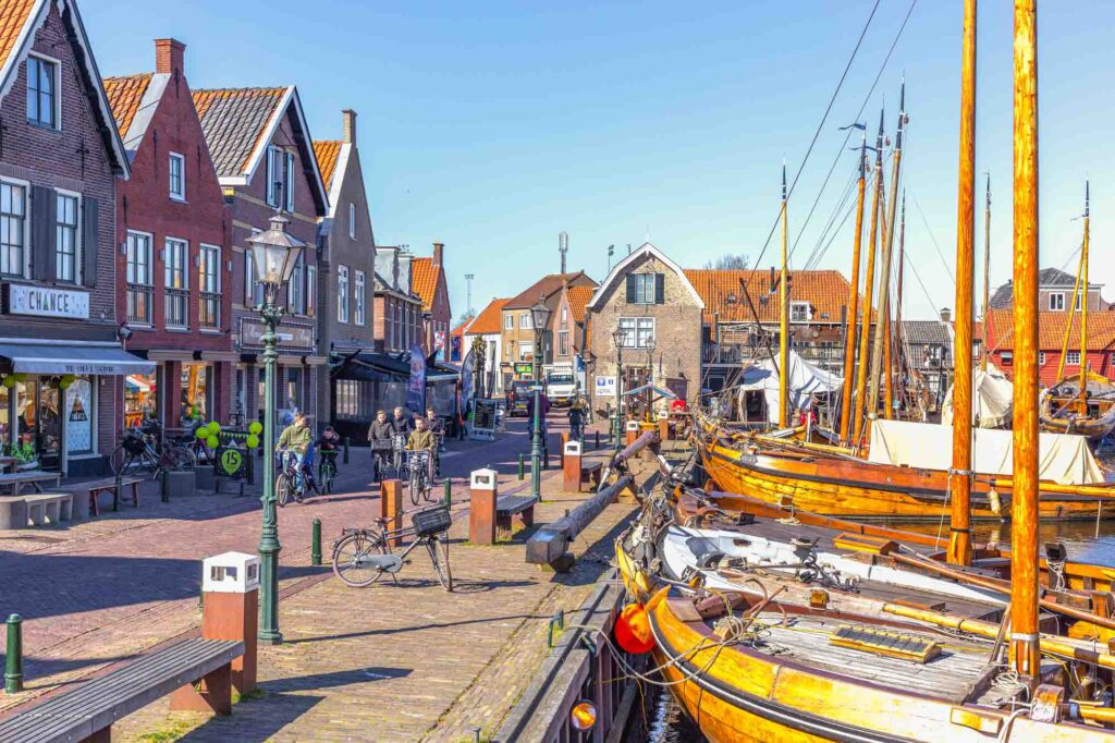 Spakenburg is one of the cute Dutch villages