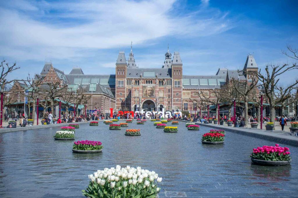 Rijksmuseum is one of the famous Dutch landmarks to visit